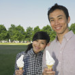 Young couple with ice cream — Foto de Stock