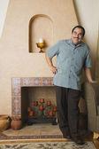 Retrato de hombre de mediana edad hispano — Foto de Stock