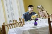 Par talar i restaurang — Stockfoto
