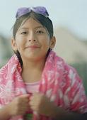 Młoda dziewczyna w ręcznikiem po kąpieli — Zdjęcie stockowe