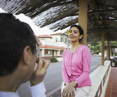 Woman posing for a snapshot — Stock Photo