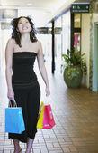 Portrait of woman shopping — Stock Photo