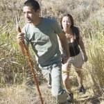 Couple hiking — Stock Photo