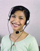 Portrait de femme d'affaires avec casque — Photo