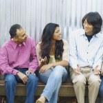 Friends talking — Stock Photo