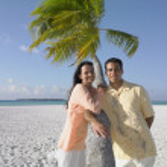 Couple posing at the beach — Stock Photo