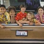 Children smiling in back of car — Stock Photo #23272902