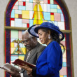 Senior African American couple in church - 图库照片