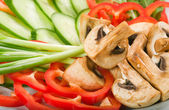 Fresh salad with mushrooms — Stock Photo