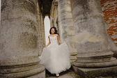Running bride — Stock Photo