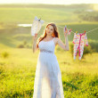 Young pregnant woman — Stockfoto