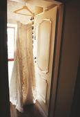 Gorgeous wedding dress — Stock Photo