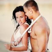 Sexy giovane coppia — Foto Stock