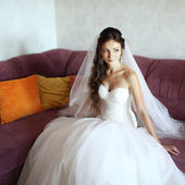 Young caucasian bride at home — Stock Photo