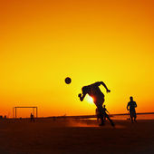 Football at Jumeira beach in Dubai — Stock Photo