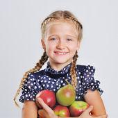 Retrato de muchacha bonita rubia — Foto de Stock