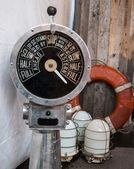 Ship engine telegraph, three white lamps and lifebuoy isolated. Flea market in Paris. — Stock Photo