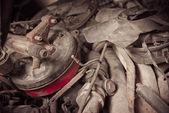 古い車の部品のくず及び金属 — ストック写真