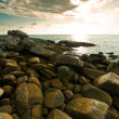 Beautiful tropical seascape rocky seacoast — Stock Photo