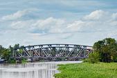 Puente sobre el río nakhochaisi — Foto de Stock