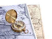 Kompas op de kaart van de wereld — Stockfoto