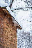 House roof icicles — Stock Photo