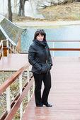 Brunett medelålders kvinna — Stockfoto