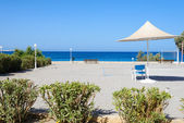 Spiaggia ombrelloni cipro — Foto Stock
