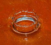 Crown of liquid — Stock Photo