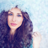 Gorgeous winter blue queen — Stock Photo
