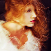 Retro portrait of red-haired queen like girl. studio shot — Stock Photo
