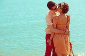 幸福的蜜月 (度假) 概念。新婚快乐赶时髦的人 — 图库照片