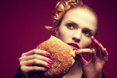 Unhealthy eating. Junk food concept. Portrait of fashionable you — Stock Photo