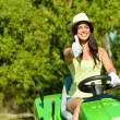 Woman success in field garden job — Stockfoto