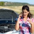 Phone discussion with insurance car service — Stock Photo