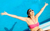 Blissful summer woman — Stock Photo