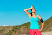 Exhausted female runner overtraining — Stock Photo