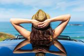 Relaxing car travel summer vacation — Stock Photo
