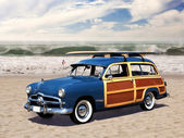 Woodie on the beach — Stock Photo