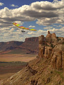 Hang Gliding Canyon — Stock Photo