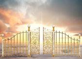 Puertas nacaradas del paisaje — Foto de Stock