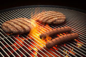 Flaming grill — Stockfoto