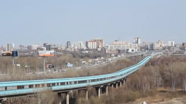 Novosibirsk, Russia, Traffic on the Communal Bridge and Subway Tunnel — Stock Video