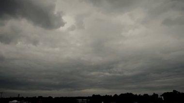 Dark Thunder Clouds — Stock Video