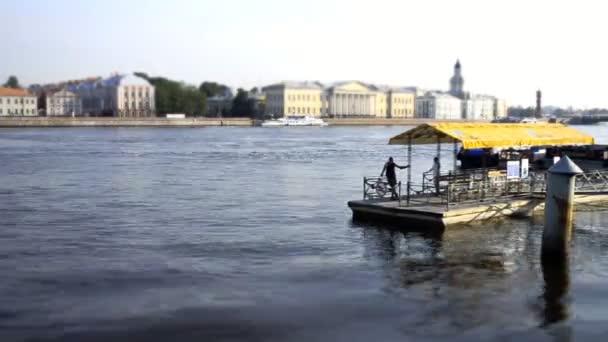 San Petersburgo, taxi acuático — Vídeo de stock