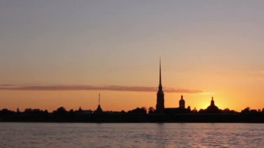Peter and Paul Fortress Silhouette, St. Petersburg, Russia — Stock Video