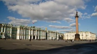 St. Petersburg, The Hermitage Museum and Palace square — Stock Video