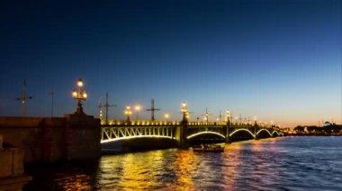 Trinity Bridge drawning (Troitsky Most) — Stock Video