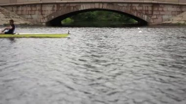 Competition in the Men's eights rowing — Vídeo Stock