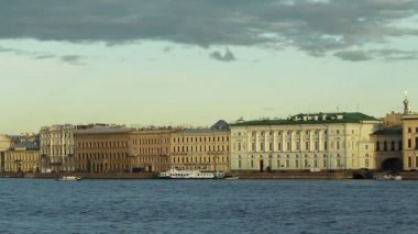 Neva River and the historic buildings, St. Petersburg, Russia — Stock Video